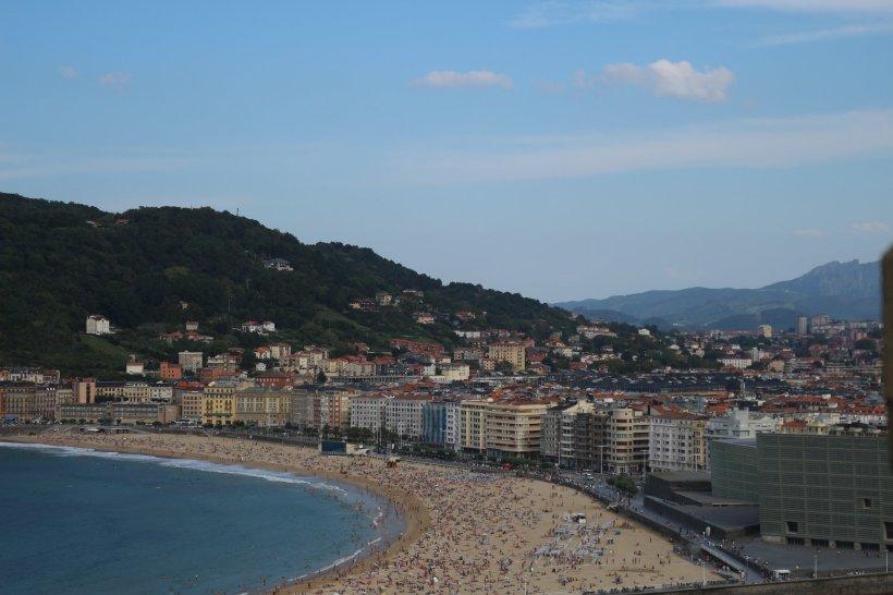 san sebastian beach on sunny day
